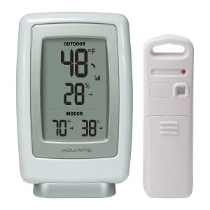 AcuRite 00611A3 indoor outdoor thermometer
